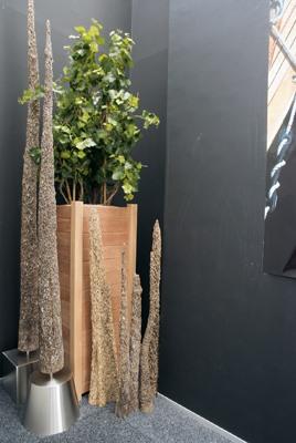 acheter ou louer des bacs plantes d coratifs. Black Bedroom Furniture Sets. Home Design Ideas